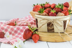 fresh berries, strawberries in basket, food