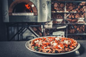 Fresh delicious pizz