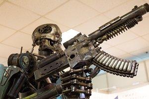 Robot (metal) assassin