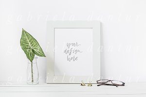 Styled Frame Mockup Leaf Glasses