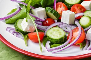 vegetarian spring salad