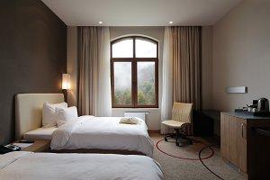 Hotel Suite.