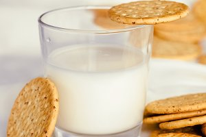 Homemade fresh milk and cookies