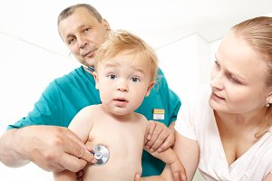 Doctor listen the babyboy