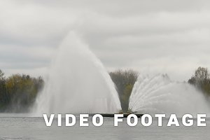 Big fountain in Minsk - slowmotion 60 fps