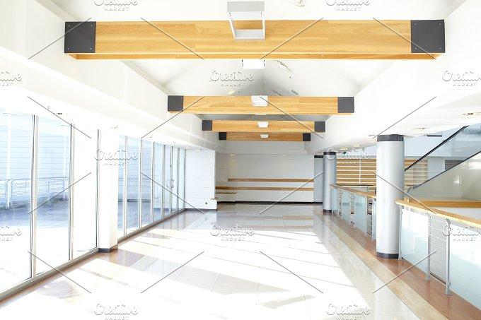 Office corridor. Sunlight. - Architecture