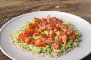 Fajitas with avocado, tomato, tuna