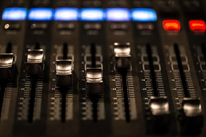 fader digital mixing console