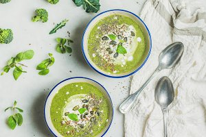 Spring broccoli cream soup
