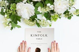 Magazine Kinfolk in hands