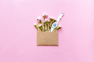 Envelope with flowers and watches