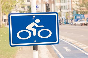 bicycle sign label on street