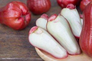rose apple fruit , healthy fruits