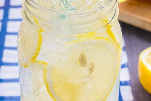 lemonade soda beverage