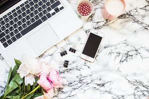 Styled Marble Desktop