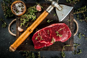 Beef with ax, thyme and spices