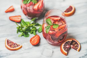 Fruit refreshing Sangria cocktails