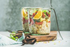 Healthy salad with quionoa & avocado