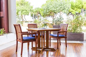 woden garden furniture