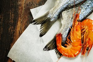 fresh dorado fish and shrimps