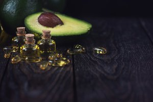 Oil of avocado and fish oil