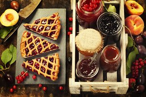 fruit tart and jam