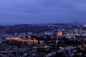Night falls over Jerusalem city