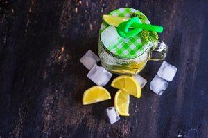 Summer lemonade with mint and ice