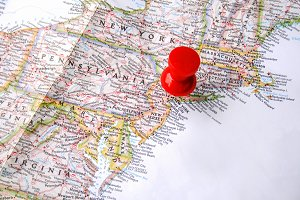 Red pin on new york
