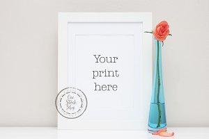 Styled Frame Mockup - rose