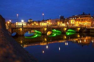 Ha'penny bridge Dublin