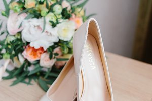 Details of the bride. bouquet, shoes of bride