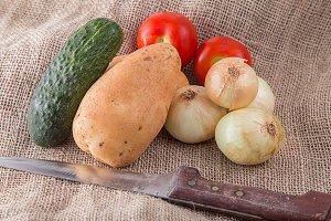 tomato cucumber potatoes onions