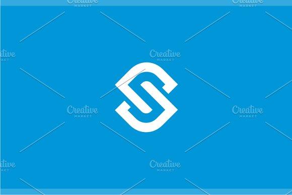Synchro Letter S Logo