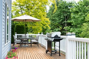 Clean Home Outdoor Deck
