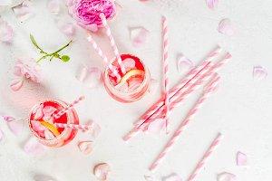 Light rose wine cocktail