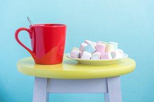 vanilla marshmallows in white plate
