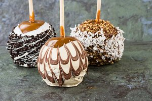 Chocolate or caramel covered apples