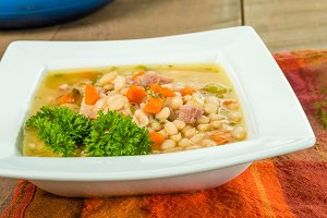 Ham and bean soup with carrots