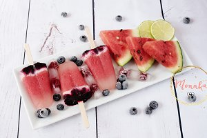 Popsicles with watermelon