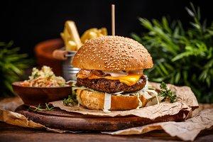 Delicious cheeseburger