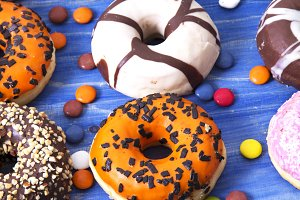 Donuts of colors and flavors with caramels