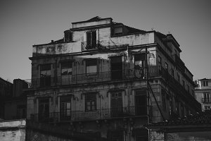 Abandoned house in Lisbon