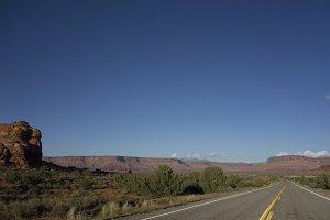Desert Road, Canyons