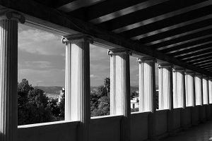 Light Shadow Columns