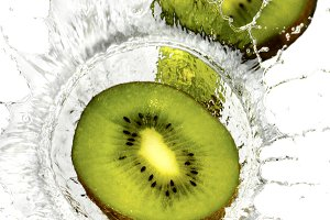 kiwi splash on water