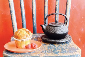 Tea and Muffin Red