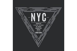 New York tee print with the boroughs names.