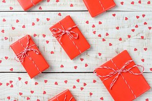 Red Valentines Gifts and Hearts