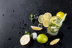 Mojito cocktail with ice cubes